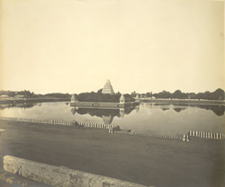 North-east view of the large bathing tank or Teppakulam, Madura